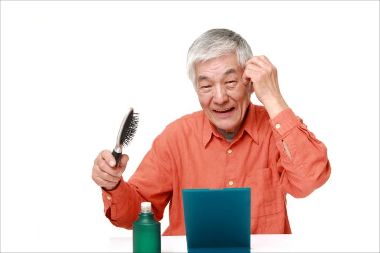 抜け毛は病気?病院の検査でわかることがあります。
