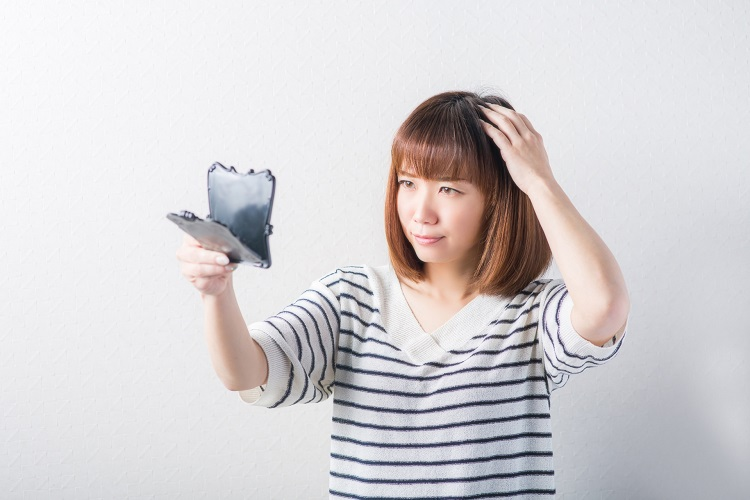 円形脱毛症の女性への治療はどうすればいいの?